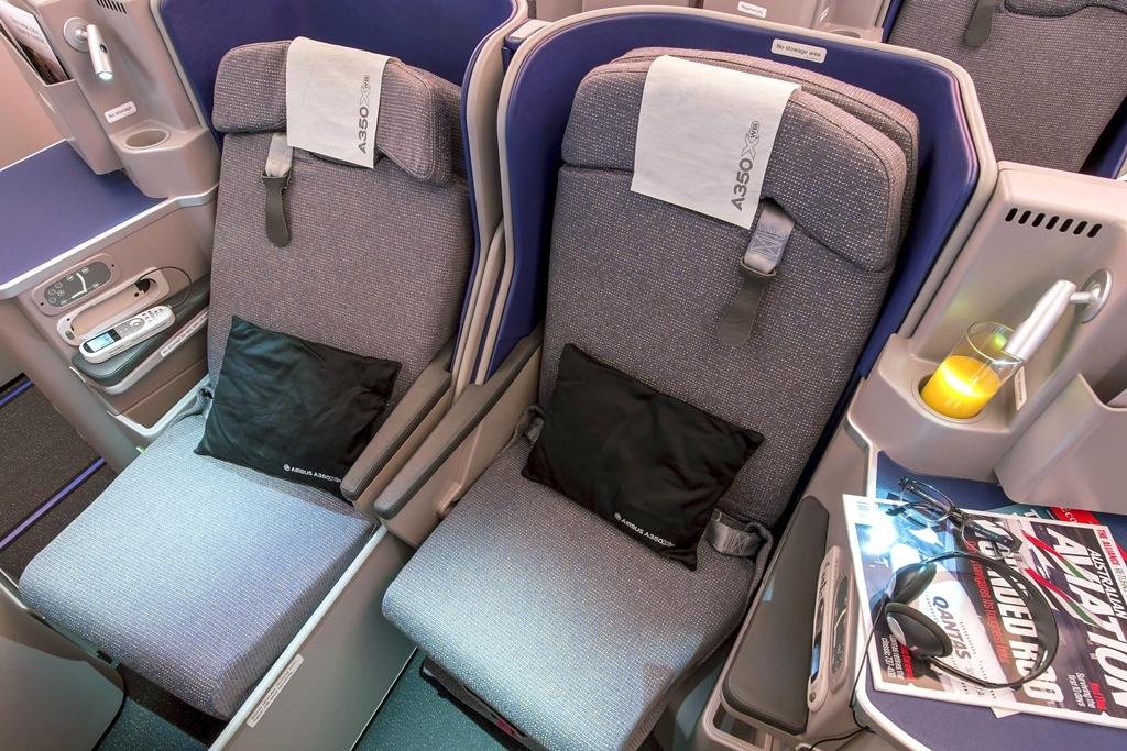 Felszállt az első utasokkal teli A350XWB