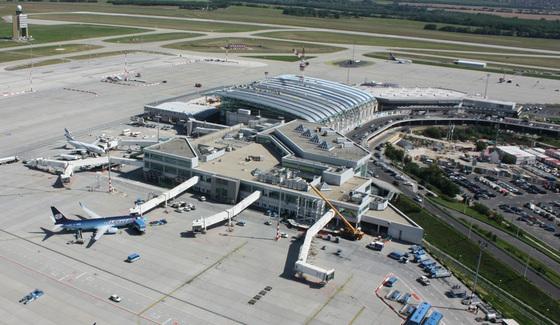 Szorosabb kapcsolatok a reptér és Budapest között