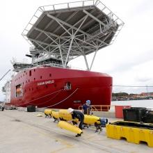 Ez a hajó kereste az eltűnt maláj gépet