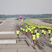 Hatszáznál is többen futottak az idei Runway Run-on