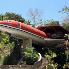 Luxushotel lett a kiszuperált repülőből