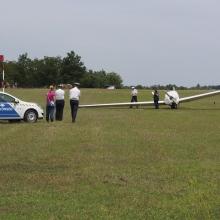 Repülőgép ütött el egy 18 éves lányt